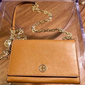 Tory Burch Robinson Chain Leather Wallet Bag